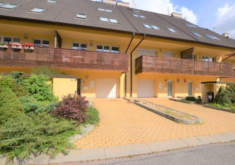 Rodinný dům 6+2, <span>Praha 6 Řepy</span> <i>380 m<sup>2</sup></i>