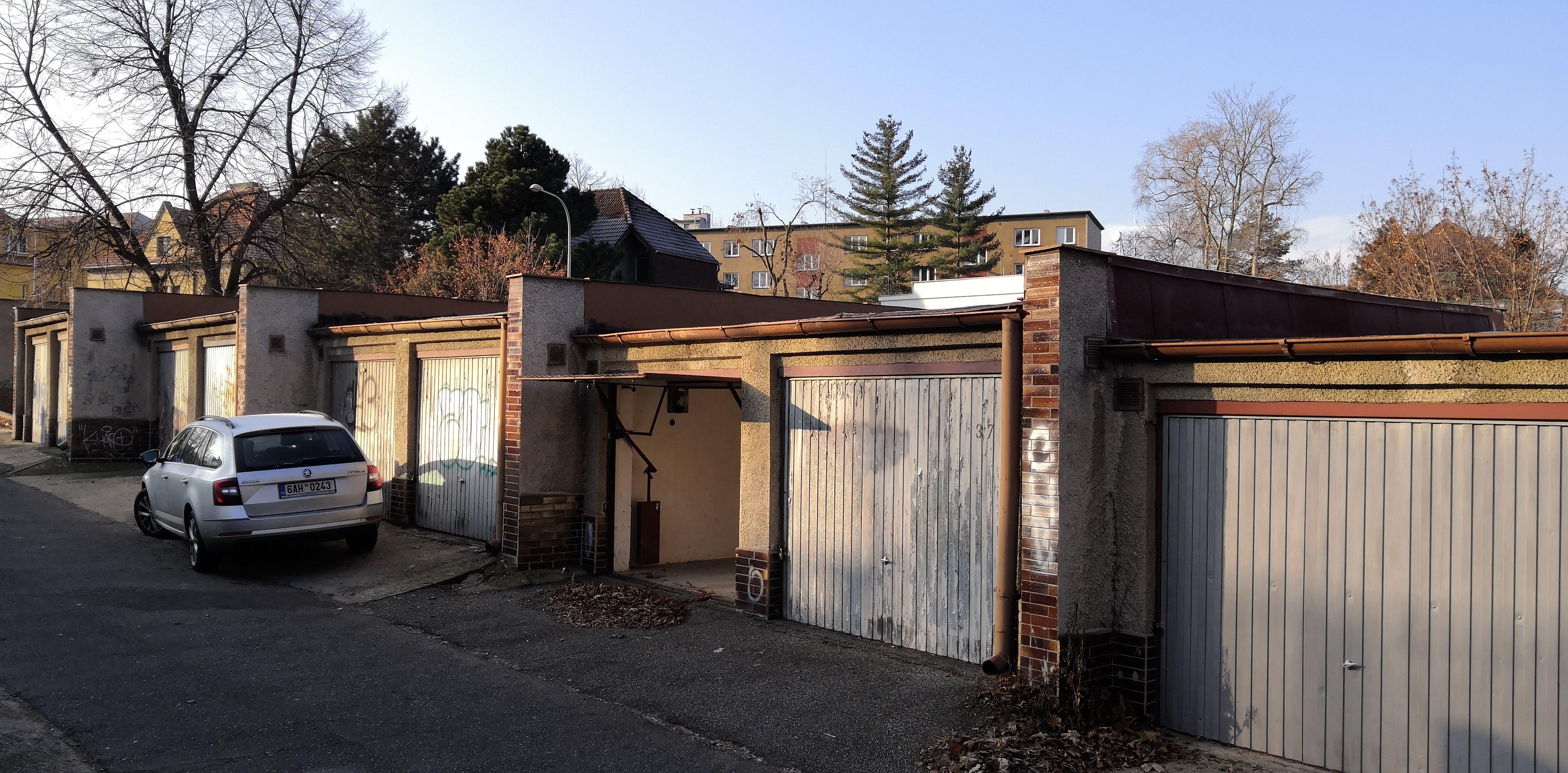 Garaz, <span>Praha 4 Nusle</span> <i>16m<sup>2</sup></i>
