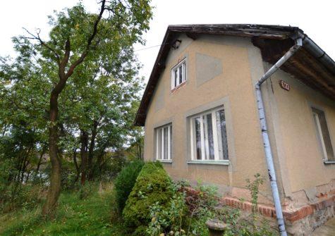 Prodej chalupy, <span>Píšť, okres Pelhřimov</span> <i>pozemek 3406 m<sup>2</sup></i>